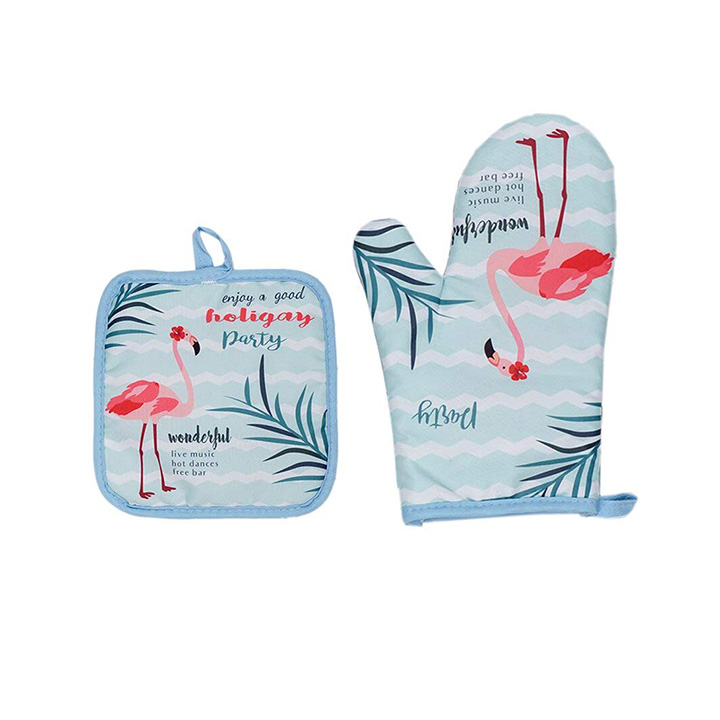 the purple tree cotton flamingo oven glove and pot holder
