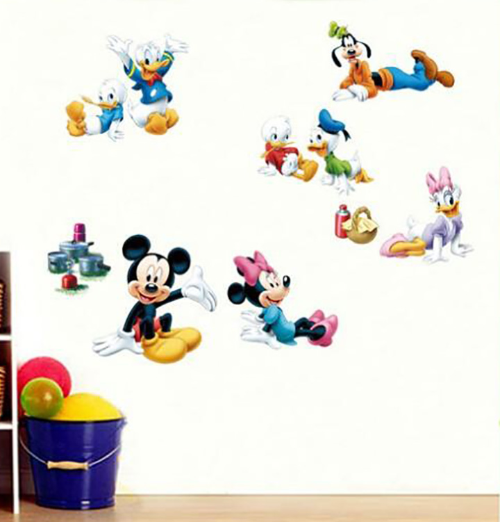 Oren Empower Very Cute Playing Famous Cartoon Characters Vinyl Wall Stickers for Kids